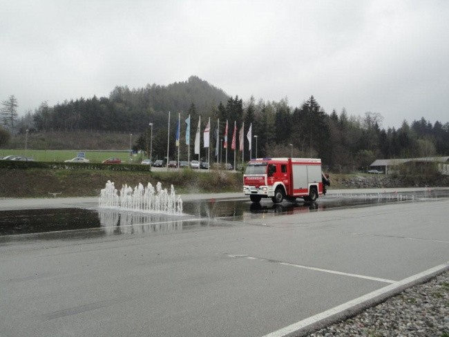 15-04-12-Fahrsicherheitstraining-OEAMTC13